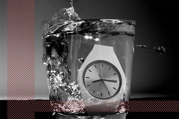 Vaso con reloj
